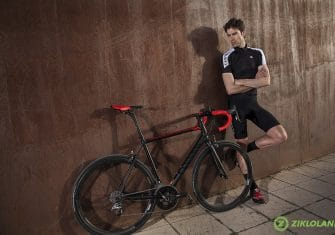 Canyon-Ultimate-AL-SLX-9.0-4