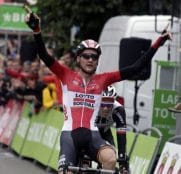 tim-wellens-tom-dumoulin-binckbank-tour-etapa-6-2017