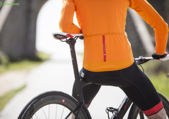 Sportful Fiandre Norain Light Top: Ni frío, ni calor ni agobios en primavera
