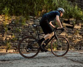 BMC Roadmachine X: La bici ideal cuando se acaba la carretera