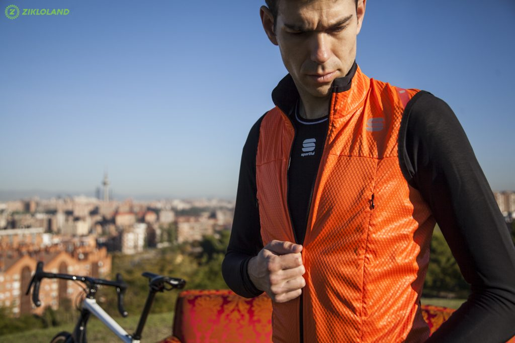 Sportful_Fiandre_strato-wind_jacket_18