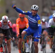 Julian-Alaphilippe-deceuninck-quickstep-Tirreno-Adriatico-2019-etapa6