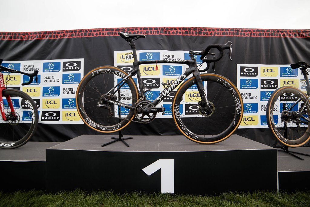 philippe-gilbert-roubaix-2019-specialized-2