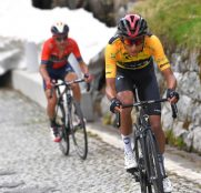 egan-bernal-tour-suiza-2019-etapa7-gotthard
