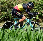 Tour Francia: Caída y abandono de Van Aert (Vídeo)