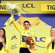 egan-bernal-team-ineos-tour-francia-2019-etapa19