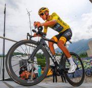 pinarello-egan-bernal-tour-francia-2019-3