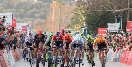 Fabio-Jakobsen-deceuninck-quicks-step-elia-viviani-Volta-ao-Algarve-2020-etapa1