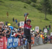 egan-bernal-team-ineos-route-occitanie-2020-etapa3-meta