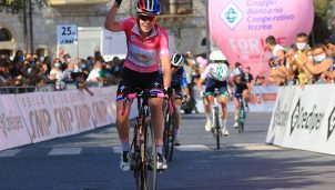 anne-van-der-breggen-boels-dolmans-giro-rosa-2020-etapa9