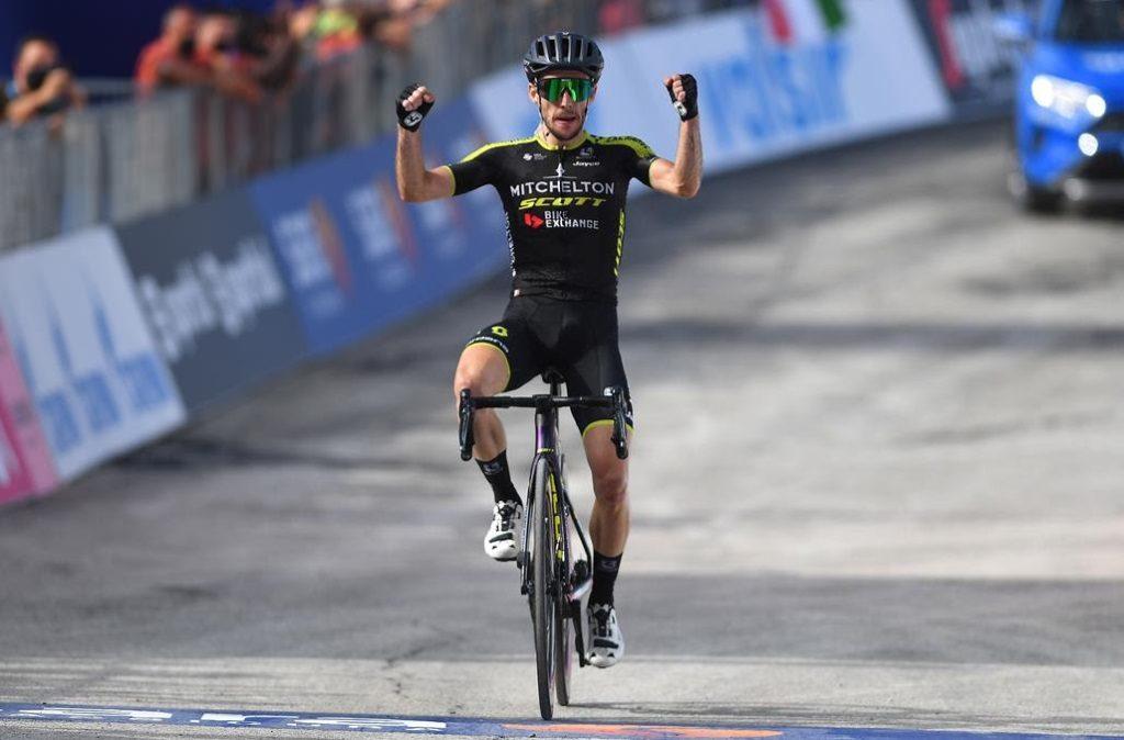 Simon Yates, positivo en Covid-19, abandona el Giro de Italia