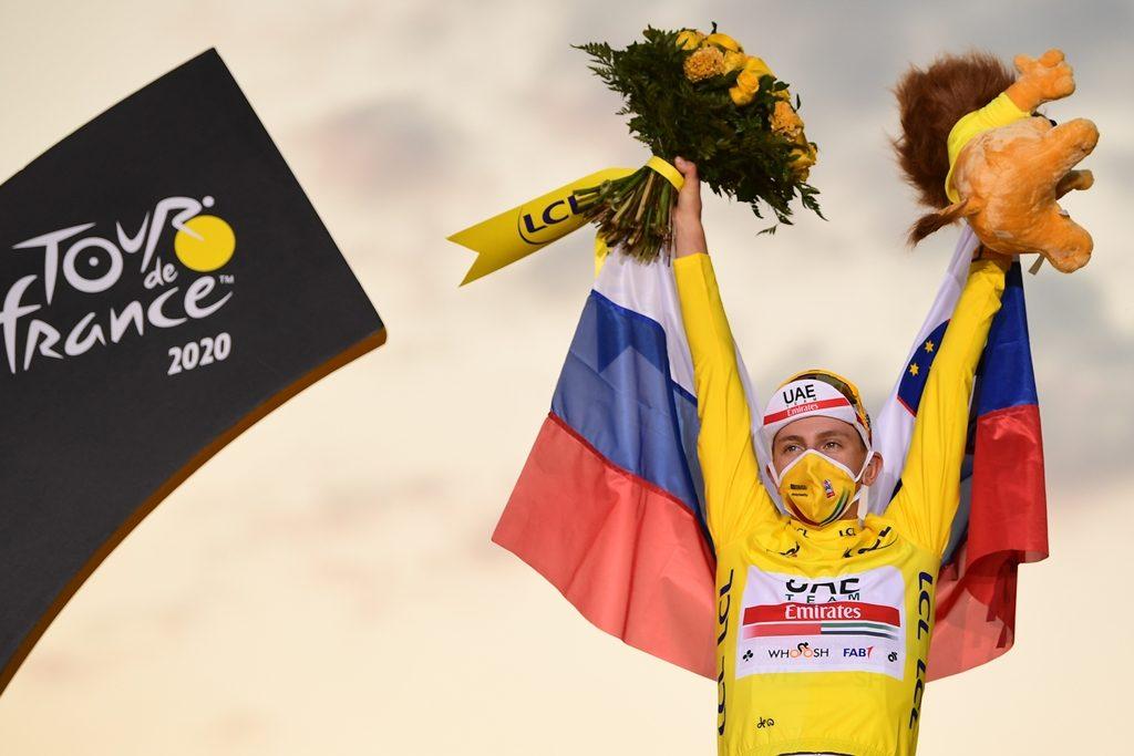 tadej-pogacar-uae-tour-francia-2020-etapa21-podio