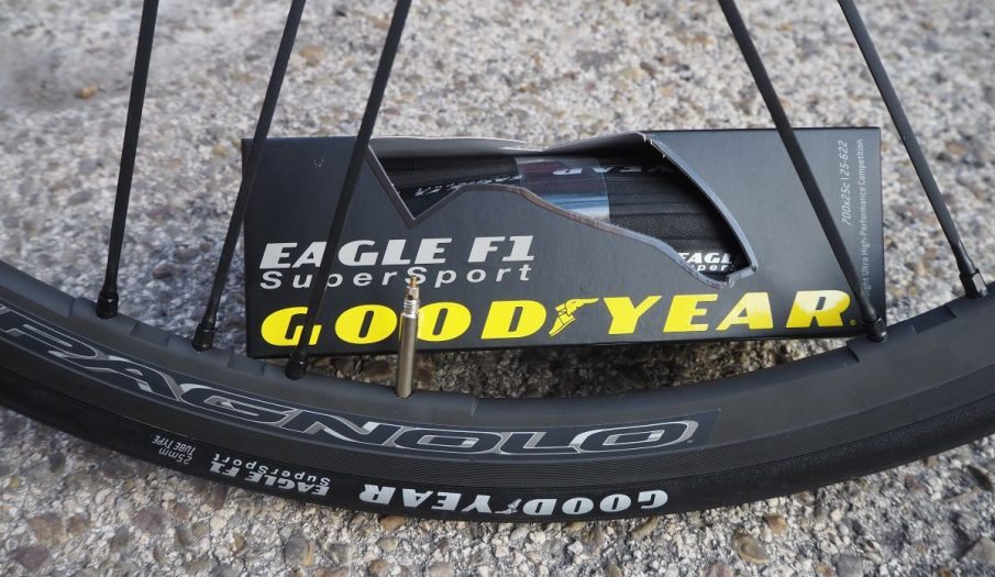 Goodyear-Eagle -F1-Superport-16
