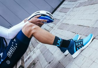 La ropa interior UYN llega al ciclismo con el Israel y Chris Froome