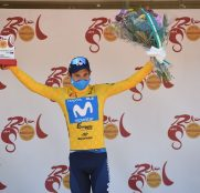 miguel-angel-lopez-vuelta-andalucia-2021-etapa3-podio-amarillo