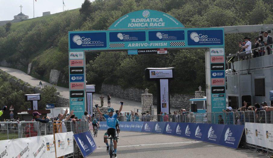 Adriatica Ionica Race: Lorenzo Fortunato vence en Cima Grappa