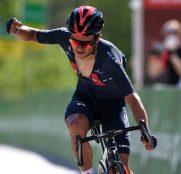 richard-carapaz-ineos-grenadiers-tour-suiza-2021-etapa5