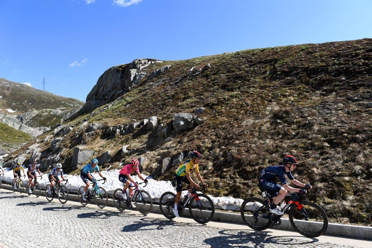 richard carapaz ineos tour suiza 2021 eddie dumbarjpg - Ineos repartirá el liderato del Tour entre Carapaz y Thomas