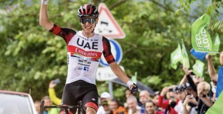 tadej-pogacar-uae-tour-eslovenia-2021-etapa2
