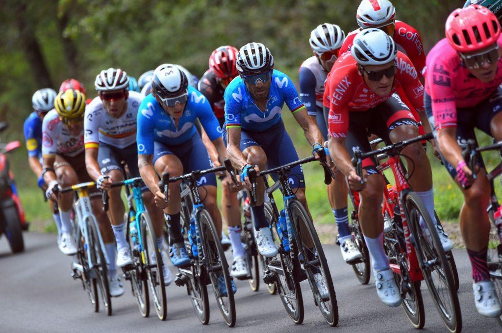 alejandro-valverde-cortina-movistar-team-tour-francia-2021-etapa19