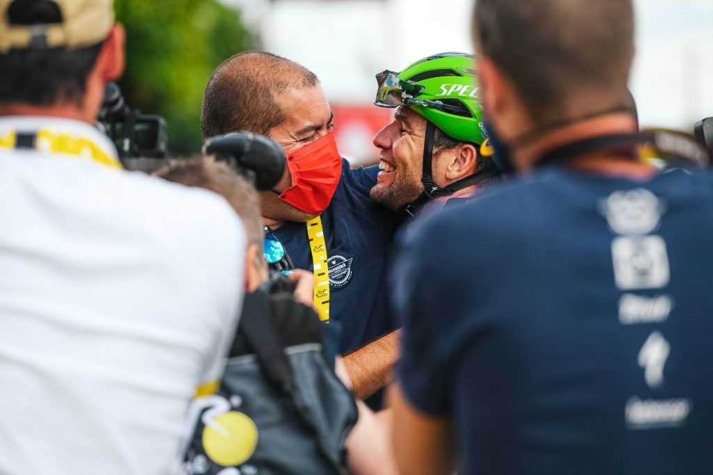 mark-cavendish-deceuninck-tour-francia-2021-etapa6-1