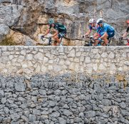 nils-politt-imanol-erviti-tour-francia-2021