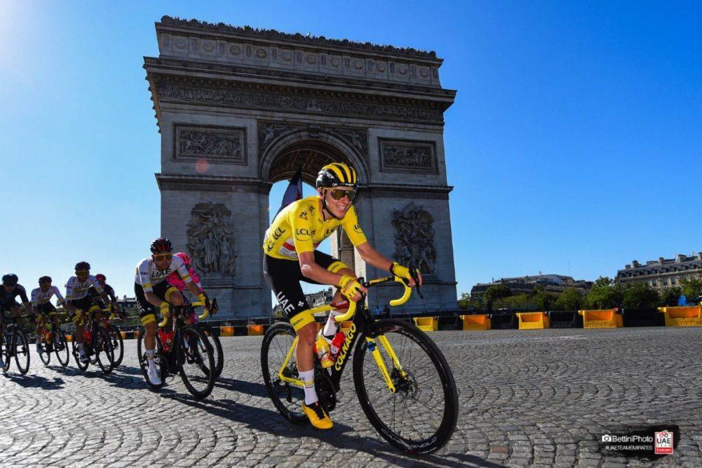 tadej-pogacar-uae-tour-francia-2021-etapa21